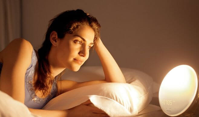 Lichtwecker im Schlafzimmer: Philips Wake-Up Light